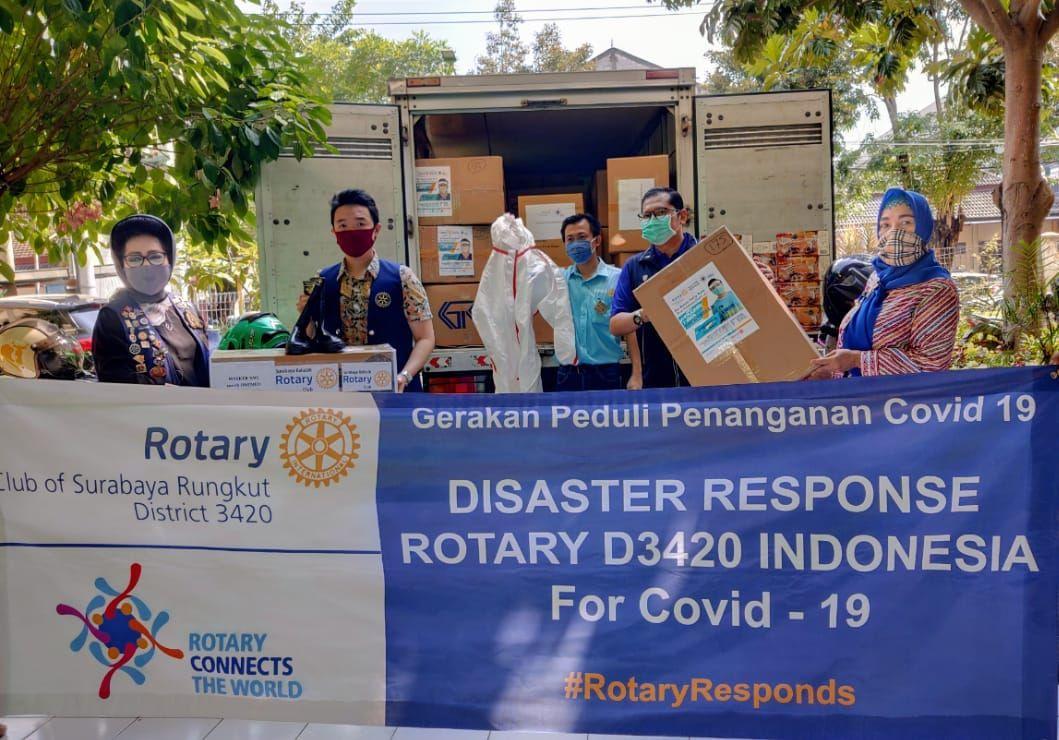 Gerakan Peduli Penanganan Covid-19, Rotary Disaster Response D3420 Bantu APD Dinkes Jatim.
