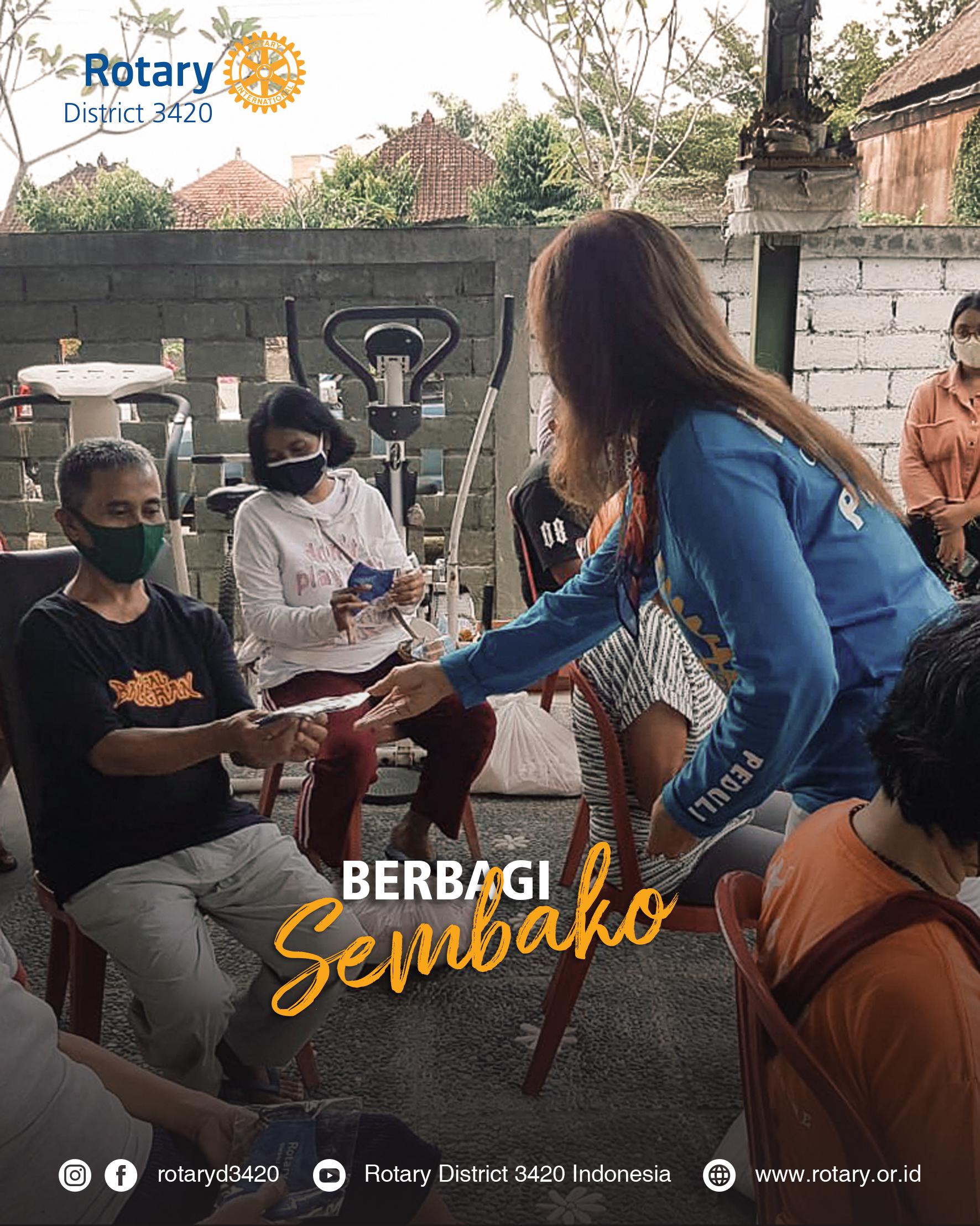 Sambut HUT KE-29 Rotary Club of Bali Taman berbagi sembako