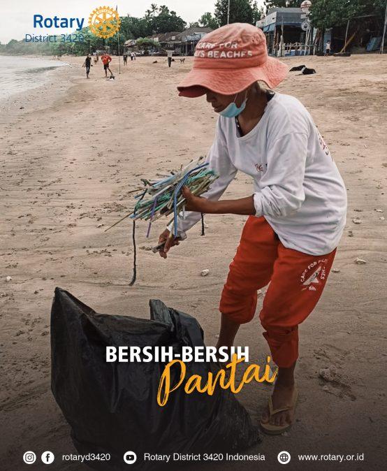Bersih-Bersih Pantai